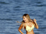 Ashley Tisdale, Bikini