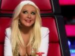 Christina Aguilera Cleavage Photo