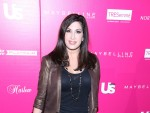 Jacqueline Laurita on Blue Carpet