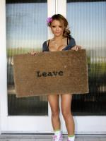 (Don't) Leave