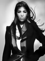 Kim Kardashian V Magazine Pic