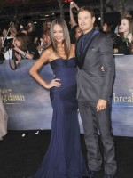 Sharni Vinson with Kellan Lutz