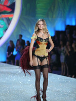 Magdalena Frackowiak on the Runway