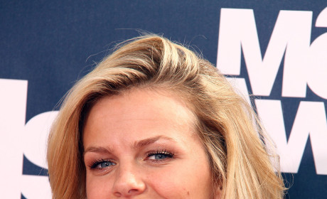 Andy Roddick, Brooklyn Decker Stroll Through New York