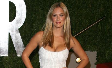 Raising the Bar: Refaeli Goes on Another Rampage