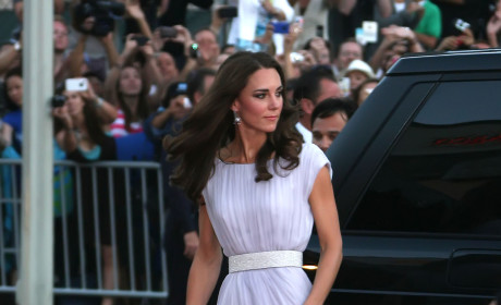 Kate Middleton is 26, Beautiful