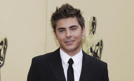 Zac Efron: On the Run!