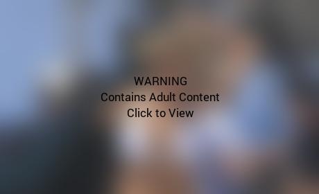 Kate Upton Bikini Movie Set Pic