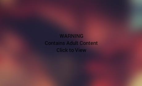 Heidi Klum Shows Off Sunburned Butt, Bikini Body