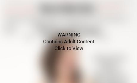 Elisabeth Moss Slams Fred Armisen Marriage, Goes Topless for New York Magazine