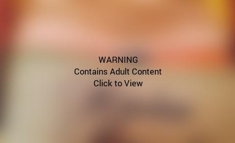 Lena Dunham Butt Selfie