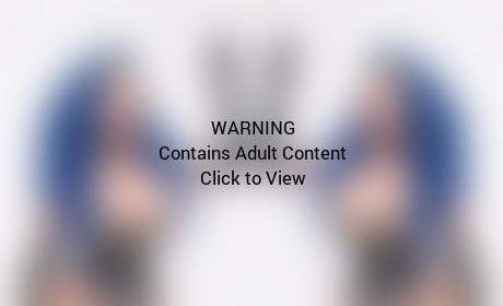 """Kelly Lee Dekay: Fetish Model Sports 16-Inch Waist Following Years of """"Corset Training"""""""