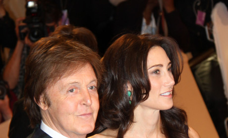 Nancy Shevell and Paul McCartney: Strolling in the Sand