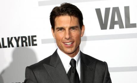 Tom Cruise Really Letting Himself Go