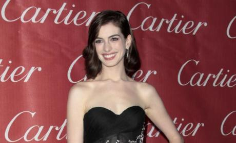 Anne Hathaway Subdued After Dumping Loser