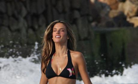 Alessandra Ambrosio Bikini Photos: THG Hot Bodies Countdown #27!