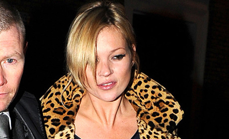 Kylie Minogue Tops Best Dressed List; Often Nude Kate Moss Loses Title
