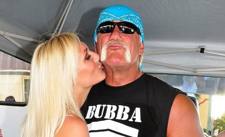 Hulk Hogan and Brooke Hogan Look-alike Still Hittin' it