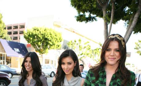 Kaught on Tape: Kameras Kapture Kardashian Wedding Script, Plans for Kourtney and Scott to Marry