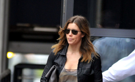 Fancy Fashion Face-Off: Jessica Biel vs. Victoria Beckham