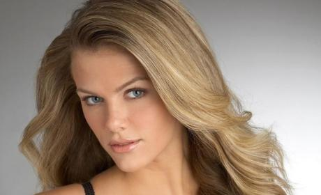 Brooklyn Decker: Married Life is Amazing