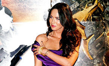 Megan Fox or Scarlett Johansson: Who Would You Rather...