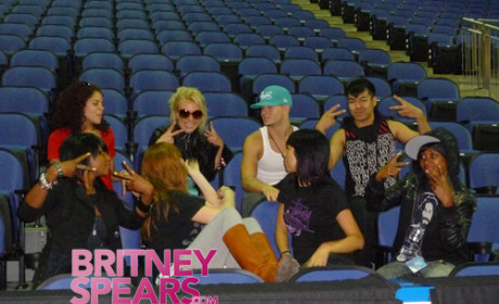 Backup Fancers For Britney Spears