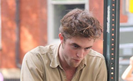 Who Wants to Sleep with Robert Pattinson?