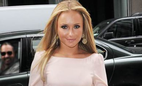 Hayden Panettiere: Hot, Ogled By New York Motorist