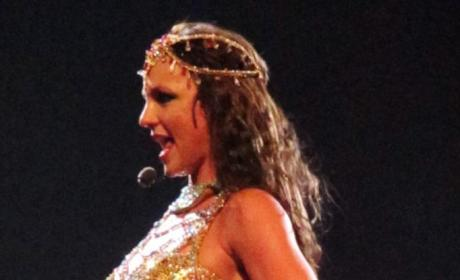 More Details of Britney Spears' New Song Emerge