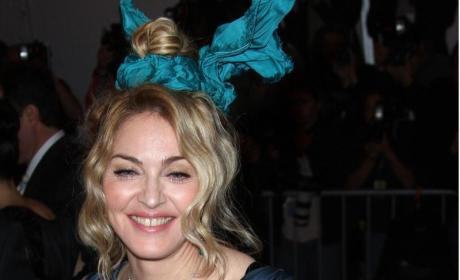 Madonna, David Banda Arrive in N.Y.C.