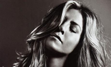 Jennifer Aniston: Miserable, But Hot as Elle