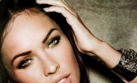 Megan Fox Looks Hot, Wants to Be a Mother, Doesn't Trust Women