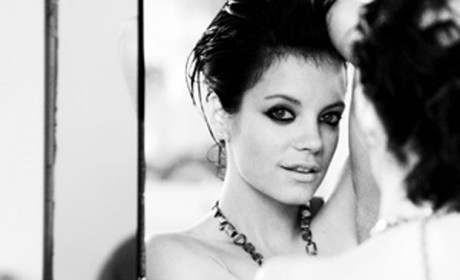 Lily Allen Topless Photo