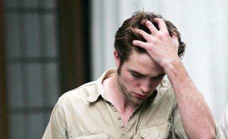 Robert Pattinson: Breaking (Dawn) News!