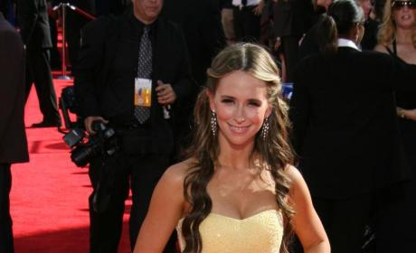 Loser Costume Supervisor Spills Secrets of Jennifer Love Hewitt Break Up