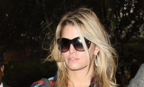 Jessica Simpson Shows Off New Henna Tattoo