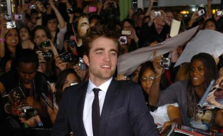 Robert Pattinson on Stripping, Dating and Much More!