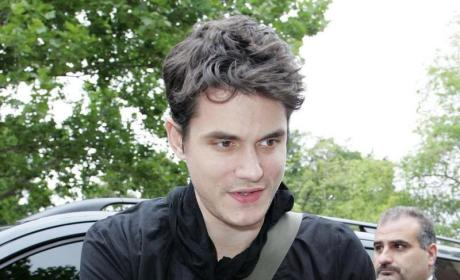 John Mayer Gives Mad Props to Taylor Swift