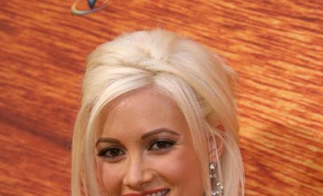 Holly Madison Joins PEEPSHOW