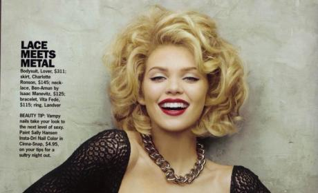 AnnaLynne McCord Shows Off Cleaveage for Cosmo