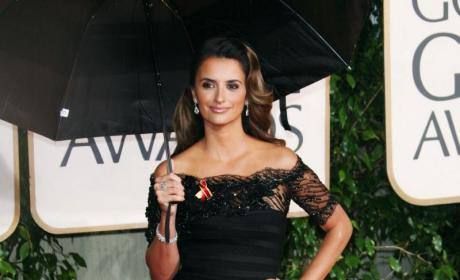 Penelope Cruz: Bond Girl!