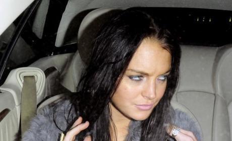 Lindsay Lohan Walks Away From Bill