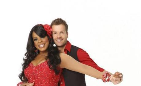 Niecy Nash and Louis Van Amstel