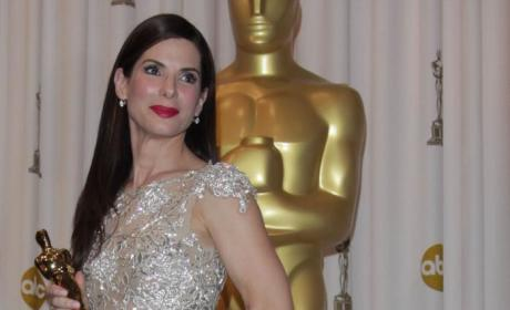 Academy Awards Fashion Face-Off: Sandra Bullock vs. Mo'Nique