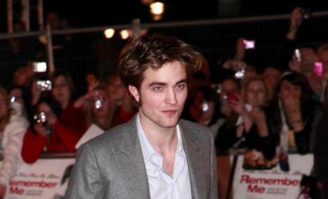 Robert Pattinson: Real or Wax?