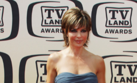 Lisa Rinna Joins The Real Housewives of Beverly Hills!