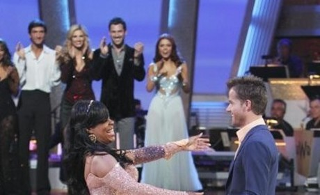 Dancing with the Stars Bids Farewell to Niecy Nash