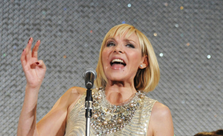 What do you think of Kim Cattrall's bob?