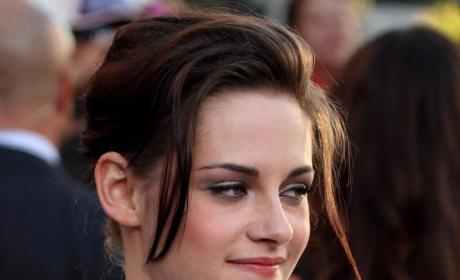 "Breaking Dawn Screenwriter Teases ""Sensual Sex"" Between Robert Pattinson and Kristen Stewart"